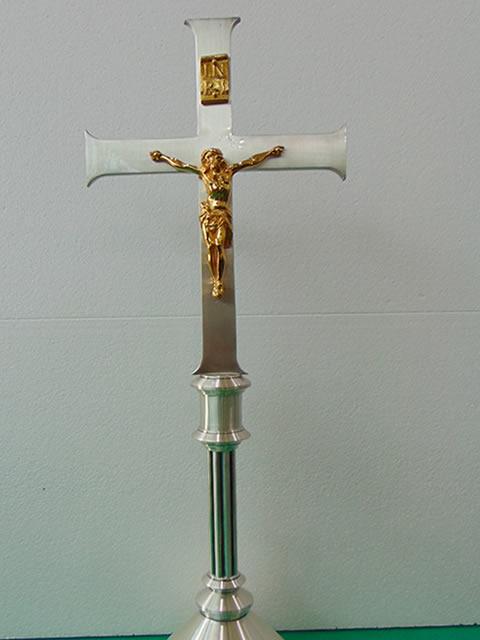 croce dopo restauro